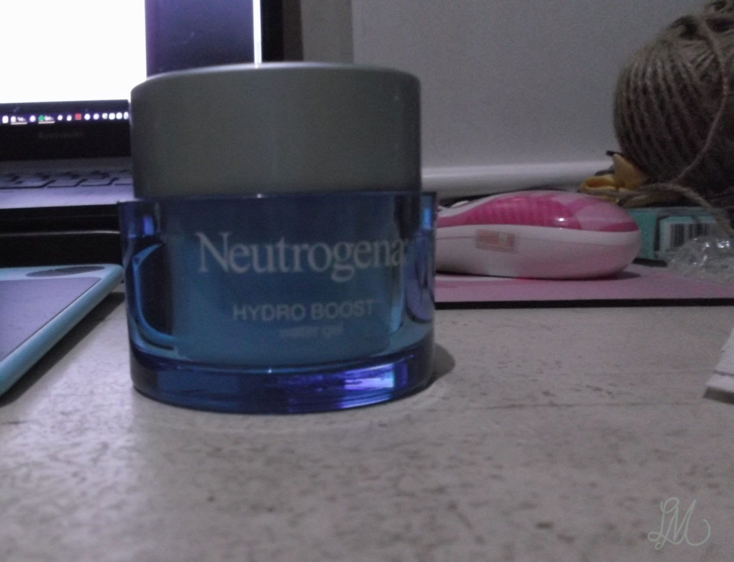 Light as a feather, pure as water: A Neutrogena Hydro Boost Water Gel product review