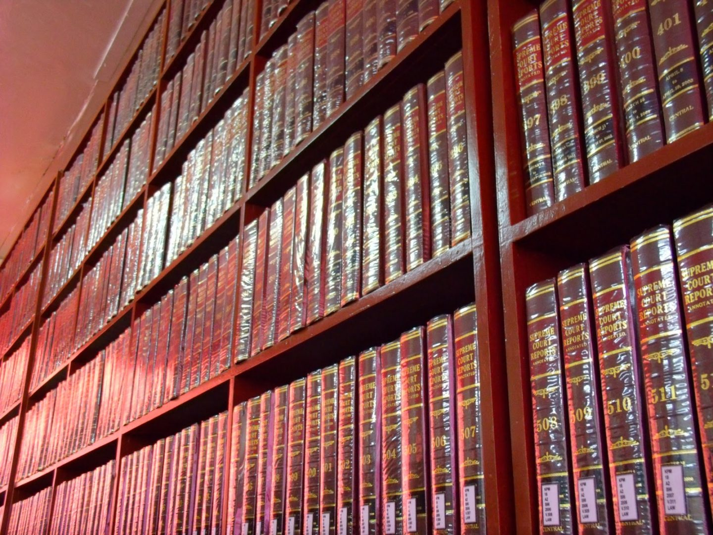 Learn With Me 2: The Great Jurisprudence Hunt–How to research for case readings the traditional way and on the Internet.